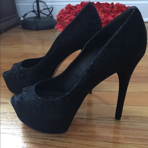 Brian Atwood Shoes - HIGH-END DESIGNER Black heels Brian Atwood